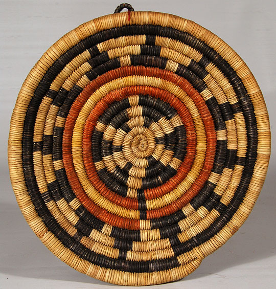 Hopi Second Mesa Basket With Concentric Circles Southwest Indian Baskets Hopi Pueblo
