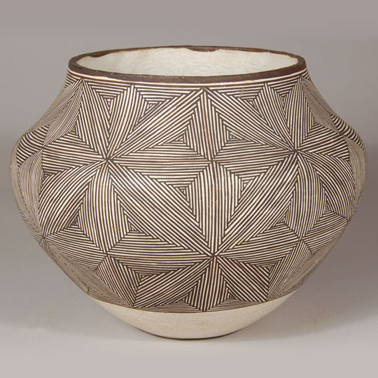 acoma pueblo fine-line olla by lucy lewis