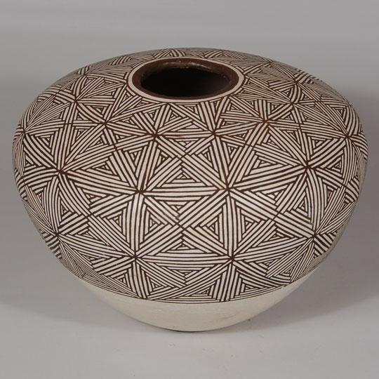 Acoma Pueblo Fine Line Seed Jar Southwest Indian Pottery