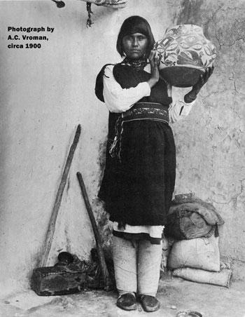 Mary Histia (1881 -1973) Acoma Pueblo