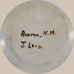 Juana Leno Signature