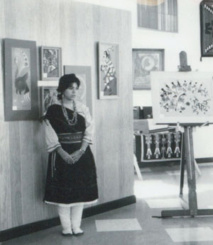 Photo of Helen Hardin (1943-1984) Tsa-Sah-Wee-Eh - Little Standing Spruce. Image Source:  the photo copies (of original polaroid's) of Helen Hardin appear courtesy of the photographer.