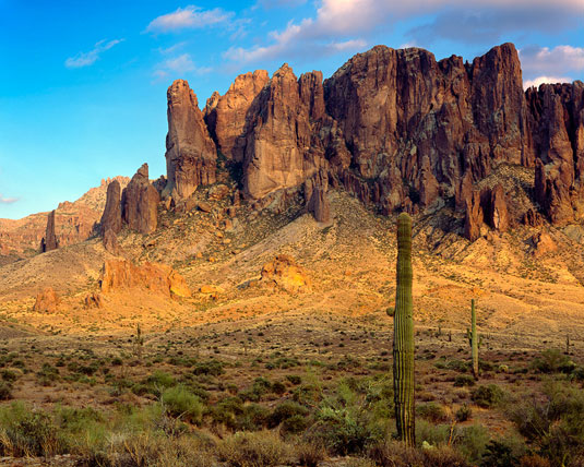 Image Source of Superstition Mountains - Wikipedia