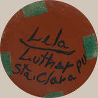Signatures of the artists - Lela and Luther Gutierrez (1895-1966/1911-1987)