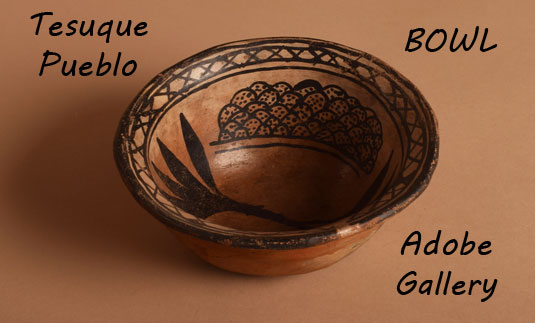 Alternate view of this bowl to show shape and design.