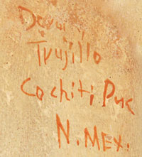 Dorothy Loretto Trujillo (1932 - 1999) signature.