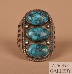 Alternate view of this ring.