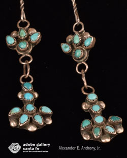 Close up view of the matching earrings - completes the set.