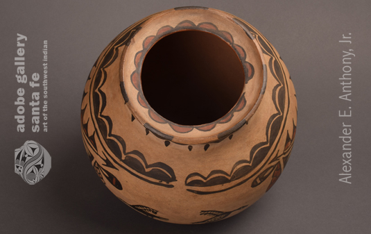 Alternate View of the Top of this Pueblo OLLA.