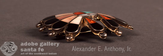 Alternate side view of this Zuni pin - pendant.