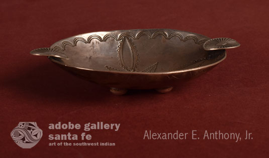 Alternate view of the side of this silver dish.