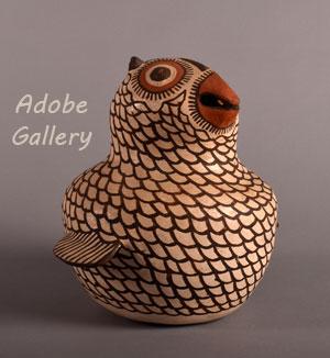 Alternate view of this Zuni Pueblo owl figurine.