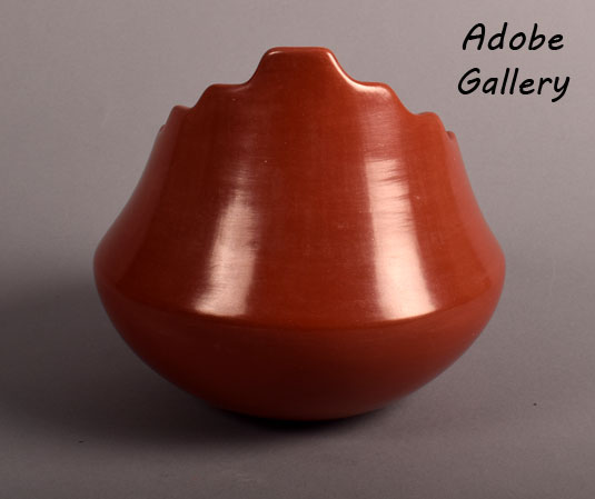 Alternate view of this Tina Garcia redware pottery vessel.