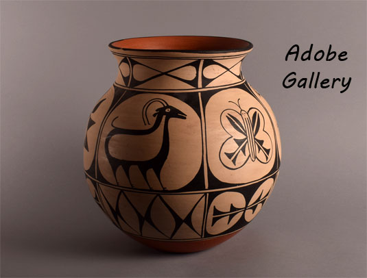 Alternate view of this pottery jar.