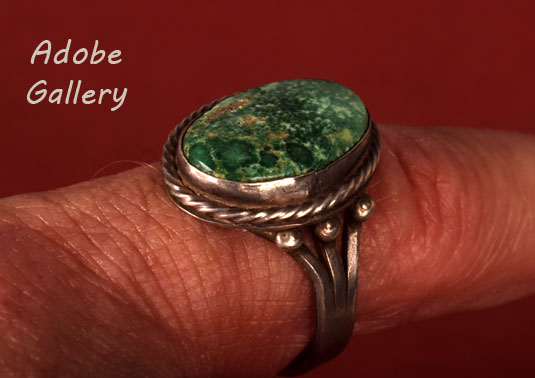 Alternate side view of this ring.