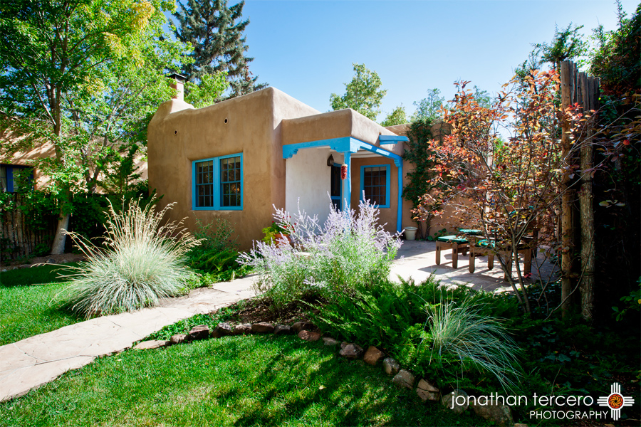 Vacation rental santa fe adobe gallery santa fe for Santa fe new mexico cabin rentals